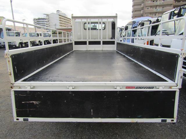 平ボディ 積載量1900kg 全低床 ワイド ロング アオリ開閉補助装置 排出ガス浄化装置 ディーゼル(13枚目)