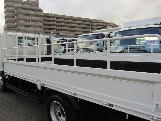 平ボディ 積載量1900kg 全低床 ワイド ロング アオリ開閉補助装置 排出ガス浄化装置 ディーゼル(17枚目)