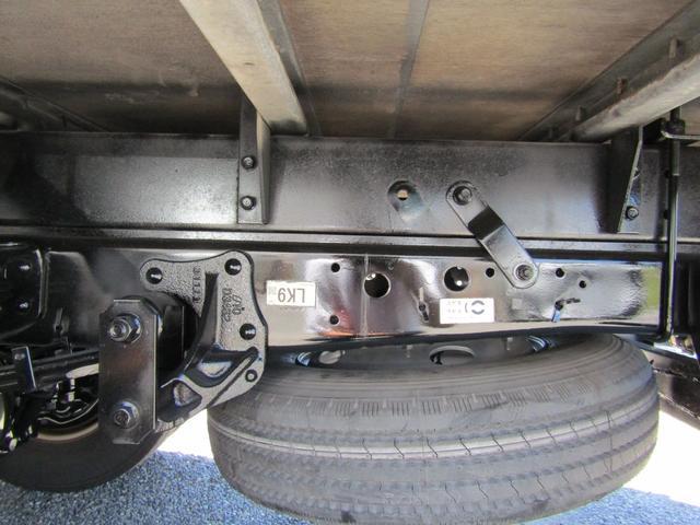 アルミバン ロング 積載3t ラッシングレール バックカメラ アルミバン 積載量3000kg ロング バックカメラ ラッシングレール 6速MT 排出ガス浄化装置 坂道発進補助装置 左パワーミラー ETC(24枚目)