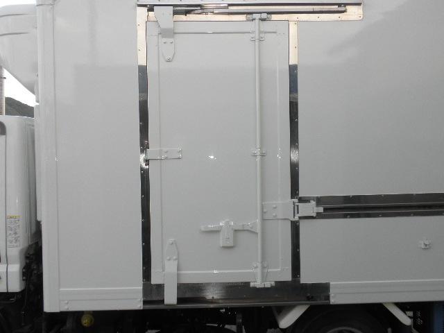 -30℃低温冷凍冷蔵車 東プレ ラッシングレール サイドドア(11枚目)