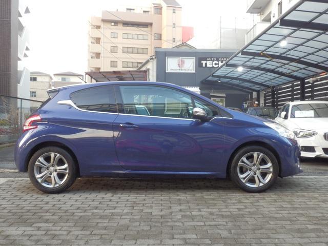 「プジョー」「208」「コンパクトカー」「兵庫県」の中古車4
