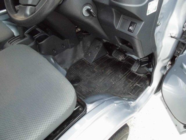 4WD AT 車検3年1月 キーレス エアコン パワステ(14枚目)