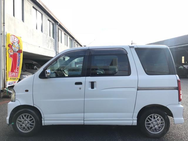 カスタム 軽自動車 ホワイト AT AC(4枚目)