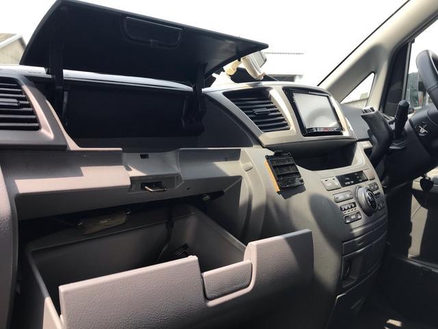 「トヨタ」「ヴォクシー」「ミニバン・ワンボックス」「兵庫県」の中古車38