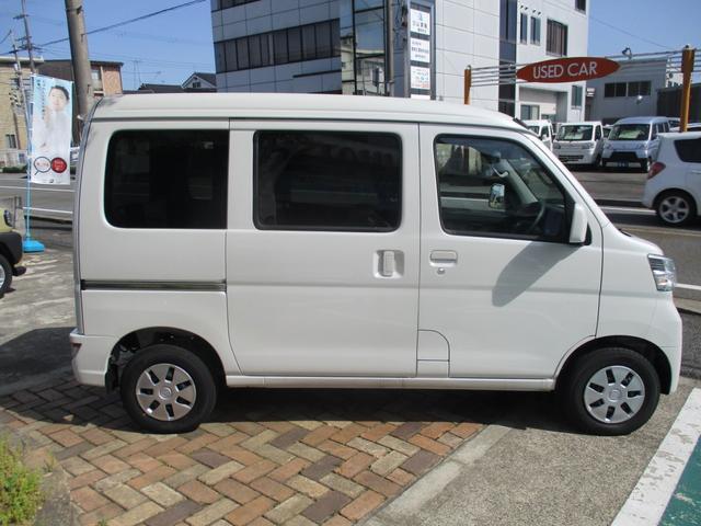 クルーズターボ SAIII 4WD(4枚目)