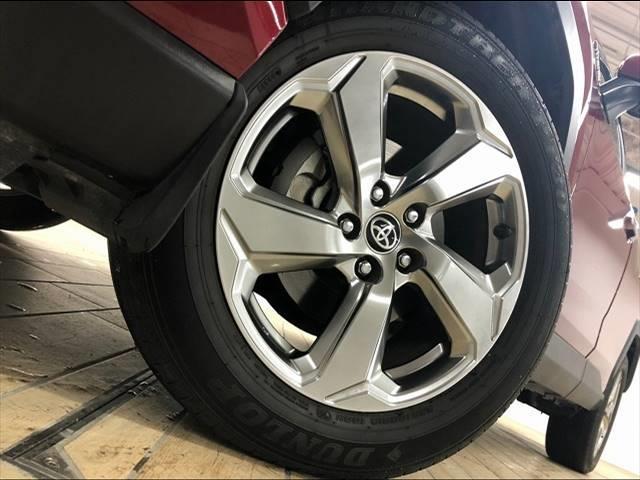 HYBRID G 4WD フローティングナビ フルセグTV トヨタセーフティーセンス レーダークルーズコントロール  レザーシート サンルーフ シートヒーター LEDヘッドライト 18インチAW 1オーナー(19枚目)