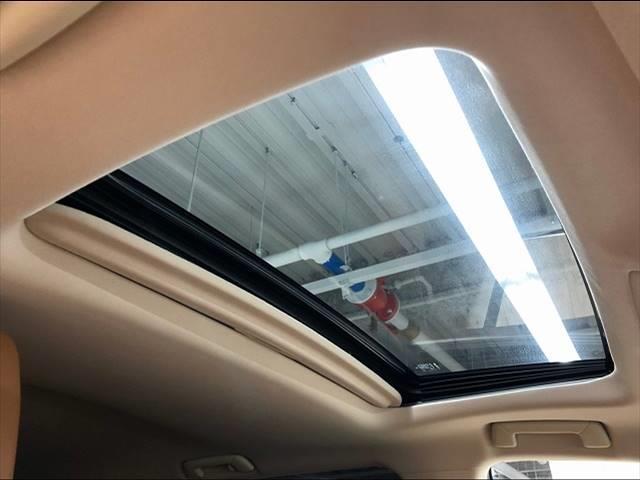 NX300h バージョンL デリスタフルエアロ メーカーマルチナビ フルセグTV 全周囲カメラ レザーシート シートヒーター ワンオーナー パワーバックドア ステアリングヒーター パワーシート モ ルーフレール サンルーフ(8枚目)