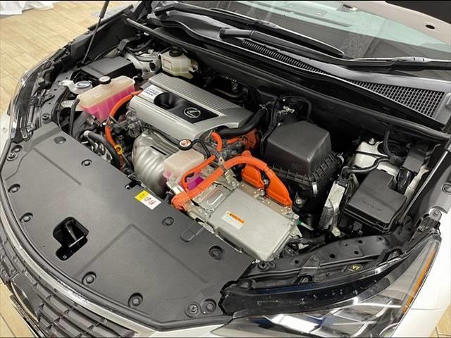 NX300h バージョンL デリスタフルエアロ メーカーマルチナビ フルセグTV 全周囲カメラ レザーシート シートヒーター ワンオーナー パワーバックドア ステアリングヒーター パワーシート モ ルーフレール サンルーフ(12枚目)