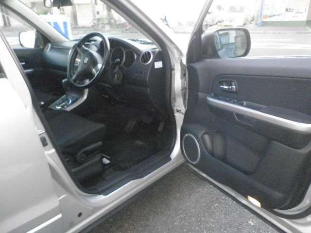 2.0XG 4WD ワンオーナー ETC シートヒーター(10枚目)
