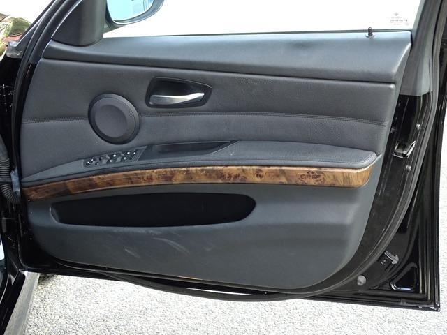 325iツーリング ハイラインパッケージ 正規ディーラー車/右ハンドル/黒革シート/BMWパフォーマンスパーツ/車高調/エアクリ/REMUSマフラー/HDDナビ バックカメラ/キセノン/キーレス(35枚目)