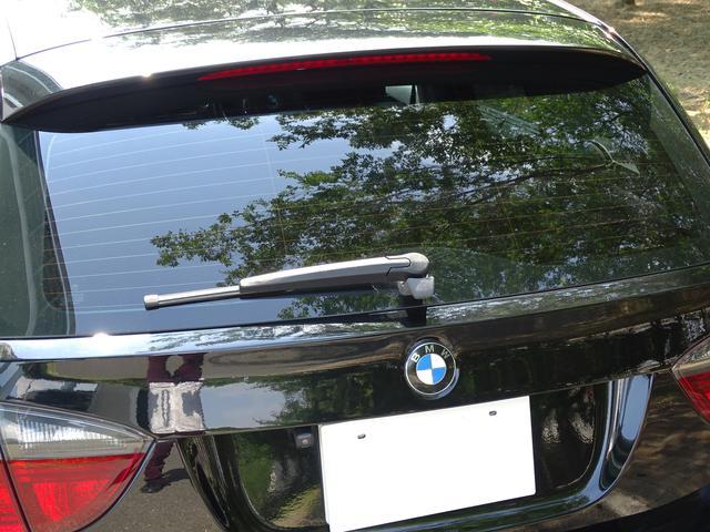 325iツーリング ハイラインパッケージ 正規ディーラー車/右ハンドル/黒革シート/BMWパフォーマンスパーツ/車高調/エアクリ/REMUSマフラー/HDDナビ バックカメラ/キセノン/キーレス(42枚目)