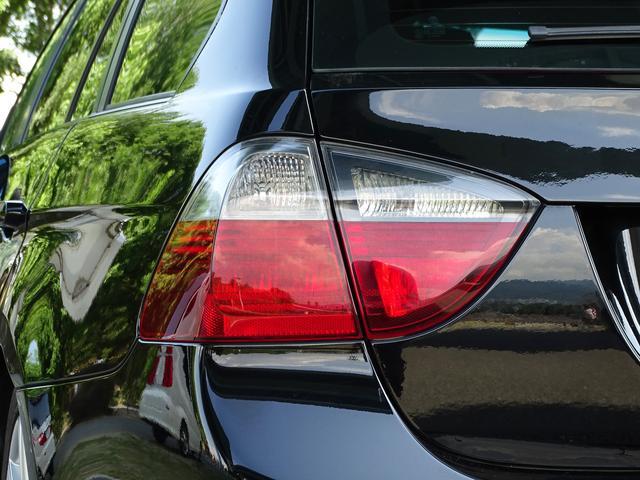 325iツーリング ハイラインパッケージ 正規ディーラー車/右ハンドル/黒革シート/BMWパフォーマンスパーツ/車高調/エアクリ/REMUSマフラー/HDDナビ バックカメラ/キセノン/キーレス(43枚目)
