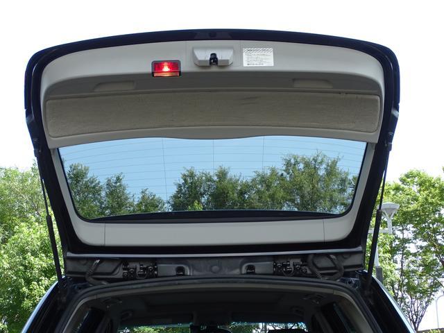 325iツーリング ハイラインパッケージ 正規ディーラー車/右ハンドル/黒革シート/BMWパフォーマンスパーツ/車高調/エアクリ/REMUSマフラー/HDDナビ バックカメラ/キセノン/キーレス(48枚目)