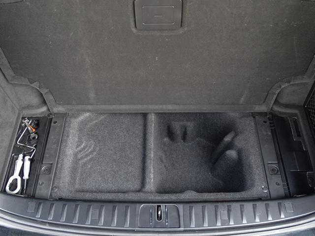 325iツーリング ハイラインパッケージ 正規ディーラー車/右ハンドル/黒革シート/BMWパフォーマンスパーツ/車高調/エアクリ/REMUSマフラー/HDDナビ バックカメラ/キセノン/キーレス(51枚目)