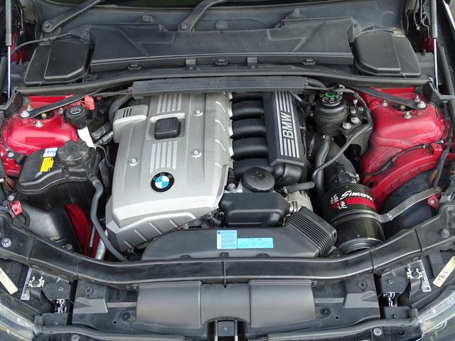 325iツーリング ハイラインパッケージ 正規ディーラー車/右ハンドル/黒革シート/BMWパフォーマンスパーツ/車高調/エアクリ/REMUSマフラー/HDDナビ バックカメラ/キセノン/キーレス(53枚目)