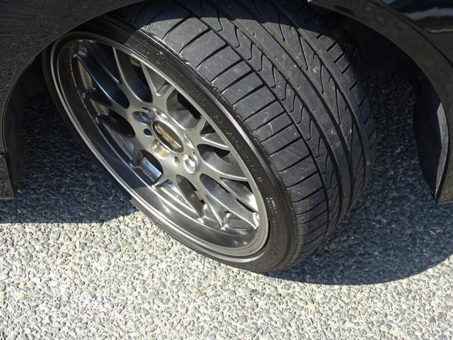 325iツーリング ハイラインパッケージ 正規ディーラー車/右ハンドル/黒革シート/BMWパフォーマンスパーツ/車高調/エアクリ/REMUSマフラー/HDDナビ バックカメラ/キセノン/キーレス(56枚目)