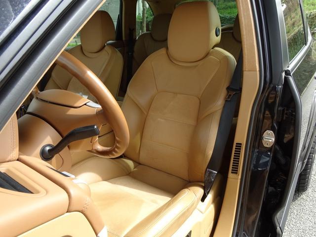 「ポルシェ」「ポルシェ カイエン」「SUV・クロカン」「兵庫県」の中古車36