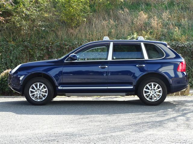 「ポルシェ」「ポルシェ カイエン」「SUV・クロカン」「兵庫県」の中古車7