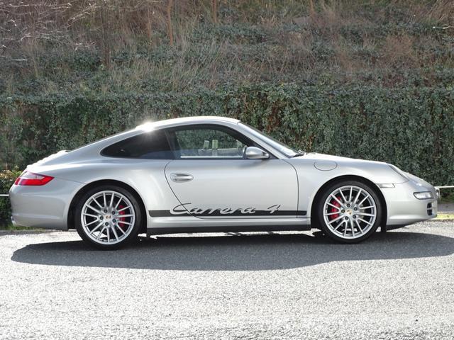 911カレラ4 D車左 6速 4WD黒革ナビSエグゾPASM(8枚目)