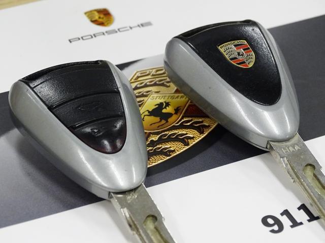 911カレラ D車左H 6速MT ワンオーナー黒革ナビGT3(15枚目)