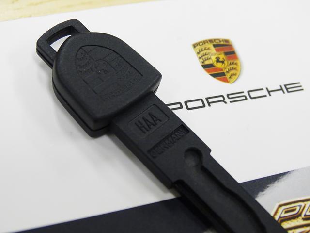 911カレラ D車左H 6速MT ワンオーナー黒革ナビGT3(16枚目)