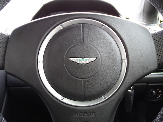 「アストンマーティン」「アストンマーティン V8ヴァンテージ」「クーペ」「兵庫県」の中古車19