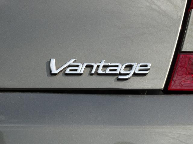 「アストンマーティン」「アストンマーティン V8ヴァンテージ」「クーペ」「兵庫県」の中古車60