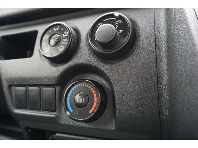 ロングジャストローDX キーレス パワーウィンドウ 6人乗り AMFMチューナー 電動格納ミラー ETC 両側スライドドア 平床 ディーゼル(22枚目)