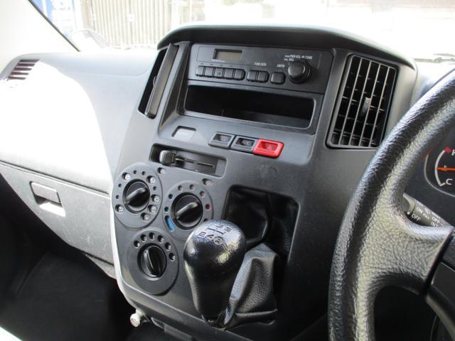 GL AM/FMラジオ パワーウィンドウ キーレス 電動リモコンミラー 5速マニュアルミッション 両側スライドドア 5人乗り(23枚目)