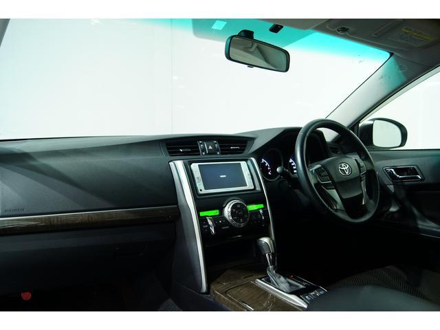 ■マークXの魅力■全モデルでメーカー標準燃費が10km/1Lを超える経済的な車両となっております!