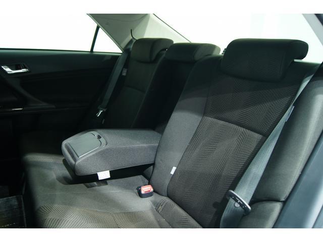 後部座席も非常に良いコンデッションです!