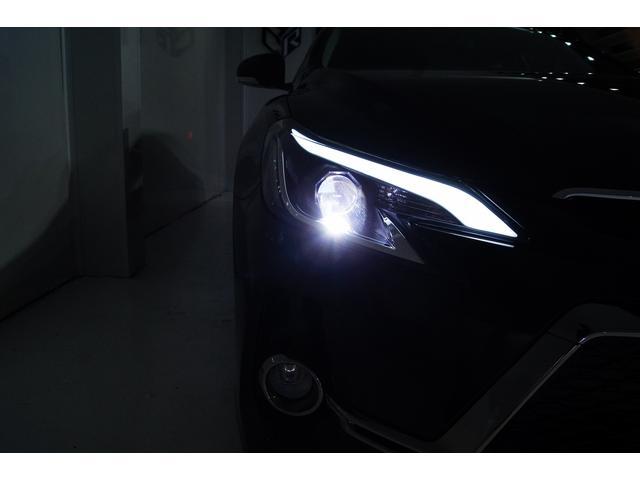 新品ヘッドライト!加工物が御座いますが購入後の水漏れや点灯不良が多くとても不安定なため既製品の新品を装着させていただいております。2年3年4年と長くお乗りいただけるよう仕上げております!
