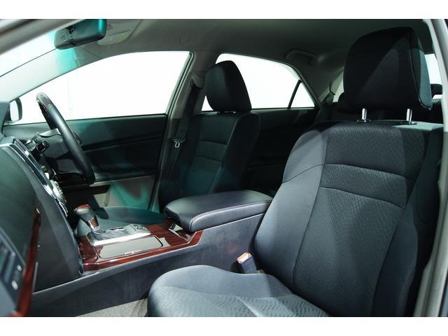 シートも非常に良いコンデッションとなっております!フィッティングのいい黒革調シートカバーもオプションでご用意しております!