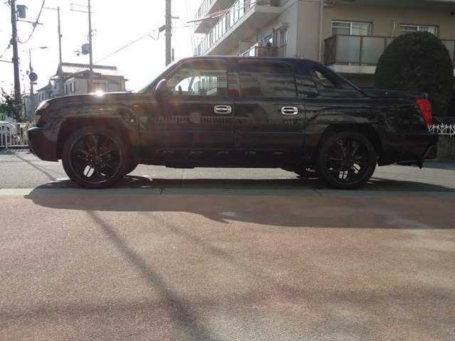 シボレー シボレー アバランチ AWD 24インチAW 黒革シート 1ナンバー