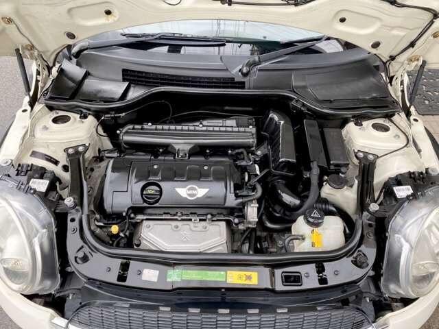 クーパー 6速 REMUSマフラー OZ17インチアルミ BILSTEINサスペンション ローダウン クーパーS用メッシュタイプグリル装着 ユニオンジャックチェッカー・ブラックサイドデカール(20枚目)