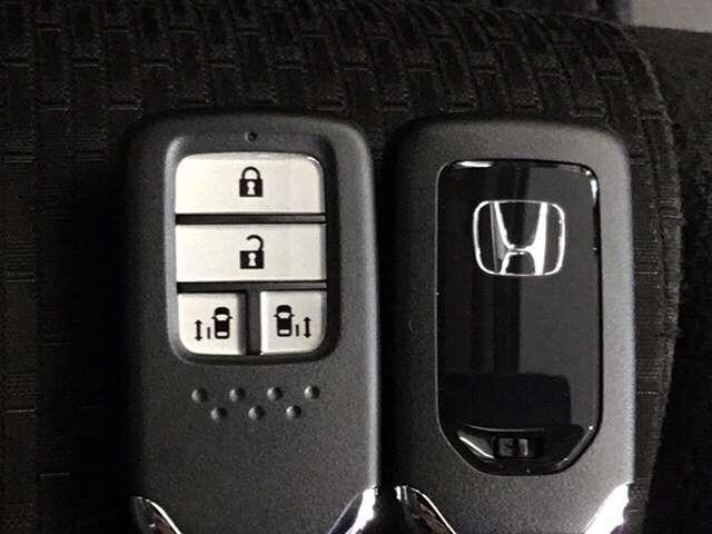 「ホンダ」「ステップワゴンスパーダ」「ミニバン・ワンボックス」「兵庫県」の中古車14