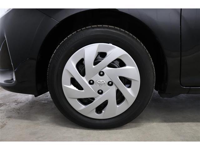 車の安全性を支える大事なタイヤ。こちらのお車は販売時、当社指定メーカータイヤ4本新品交換いたします。