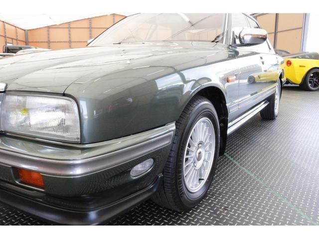 「日産」「セドリック」「セダン」「兵庫県」の中古車31
