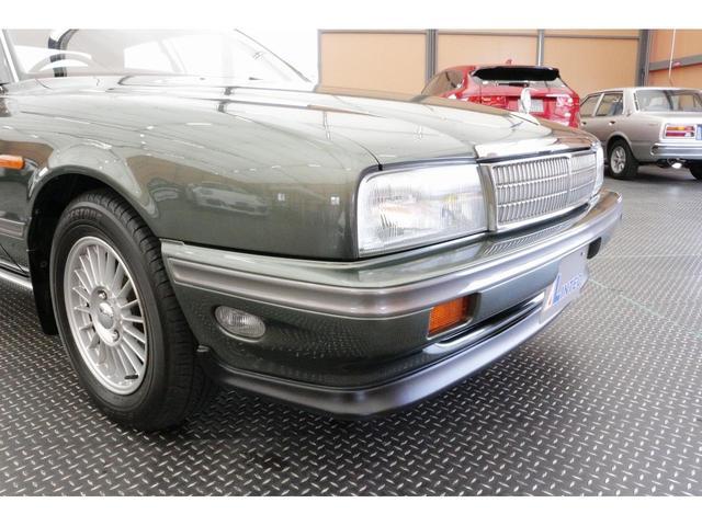 「日産」「セドリック」「セダン」「兵庫県」の中古車32