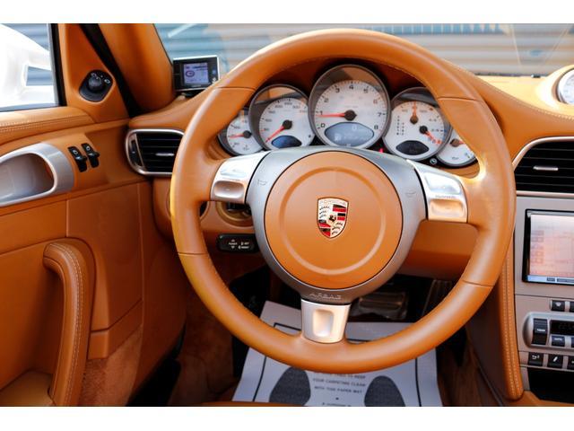 911タルガ4S スポーツクロノPKG ディーラー車 左HD(9枚目)