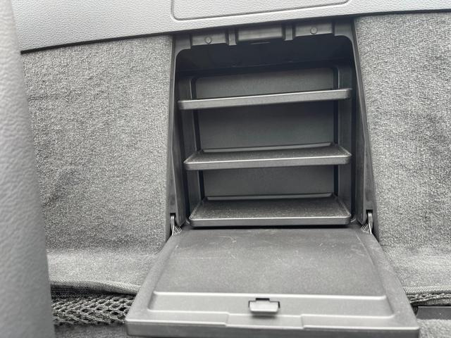 sDrive23i ハイラインパッケージ ユーザー買取車 ハイラインPKG 黒レザーシート シートヒーター Pシート HID 純正ナビ Bカメラ ETC 電動オープン 禁煙車(38枚目)