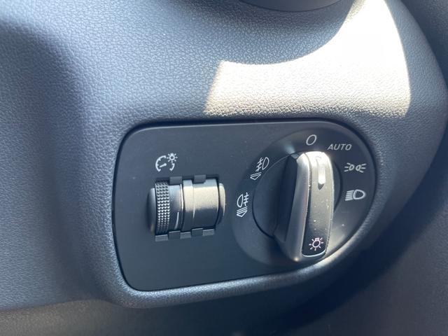 1.4TFSI ユーザー買取車 正規ディーラー車 キーレス プッシュスタート 純正HDDナビ ETC キセノンライト(25枚目)