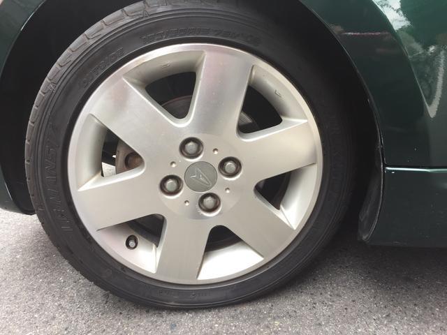 目立った傷も無く、綺麗なBBSのホイル!タイヤの溝もまだまだあります!