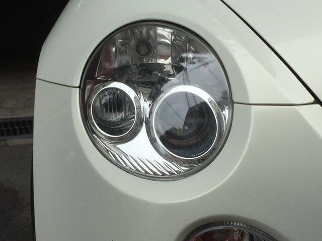 丸目のヘッドライトとフォグランプが大変人気となっております!!