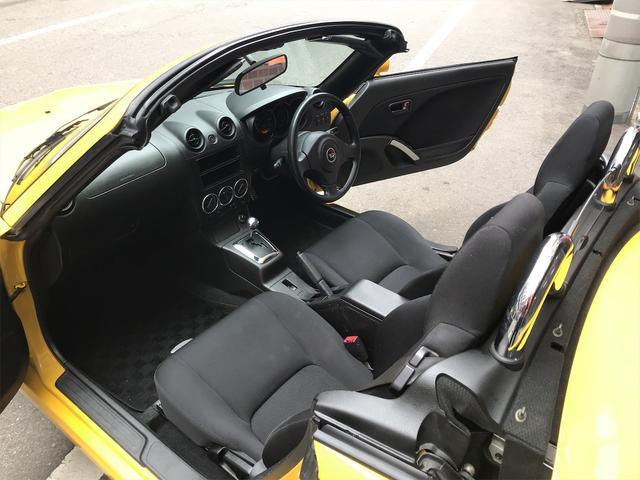 男女問わず運転しやすいスモールオープンカーです!