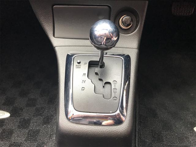 MTモード付きフロアシフトなので、よりドライブをお楽しみいただけます!!