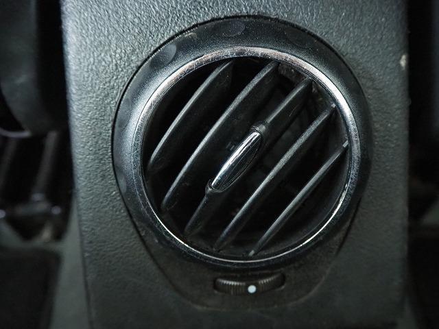 2.0 ツインスパーク セレスピード 禁煙車 社外HDDナビ 純正17インチAW HIDヘッドランプ パドルシフト(65枚目)