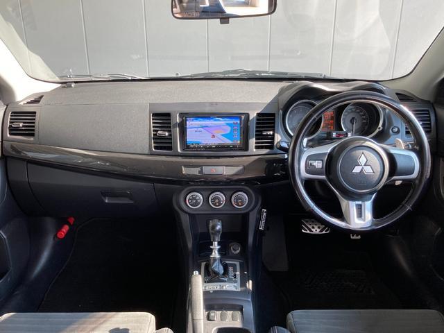 GSRエボリューションX ・4WD・車高調ローダウン・SSR18インチAW・ブレンボキャリパー・2本出しマフラー・ケンウッドナビ・バックカメラ・Bluetooth接続・パドルシフト・黒ハーフレザー・スマートキー・HID(2枚目)