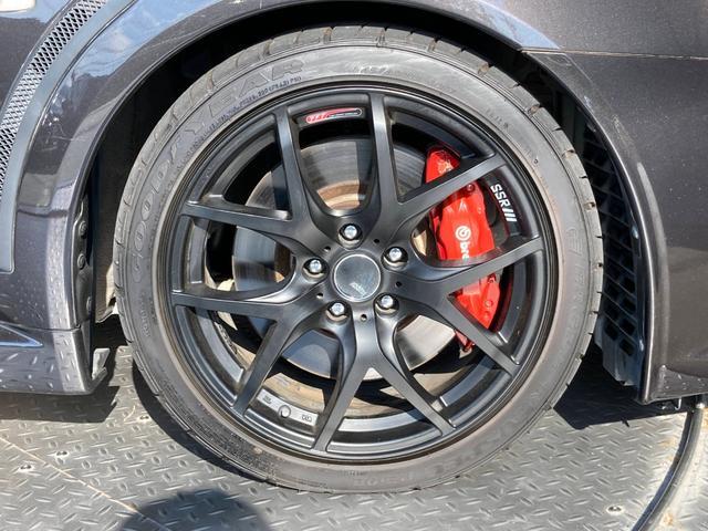 GSRエボリューションX ・4WD・車高調ローダウン・SSR18インチAW・ブレンボキャリパー・2本出しマフラー・ケンウッドナビ・バックカメラ・Bluetooth接続・パドルシフト・黒ハーフレザー・スマートキー・HID(9枚目)