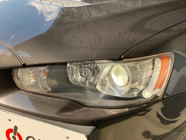 GSRエボリューションX ・4WD・車高調ローダウン・SSR18インチAW・ブレンボキャリパー・2本出しマフラー・ケンウッドナビ・バックカメラ・Bluetooth接続・パドルシフト・黒ハーフレザー・スマートキー・HID(32枚目)